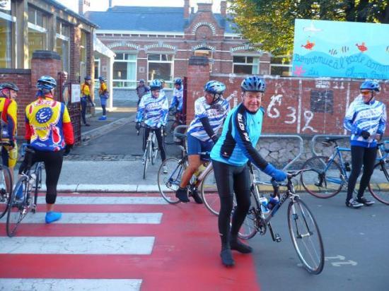 rallye 2007 le départ de l'école